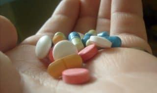 История лечения ВИЧ-инфекции антиретровирусной терапией