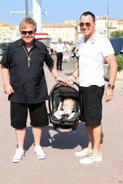 """Дэвид Ферниш: """"Мой сын будет жить в мире без СПИДа"""""""