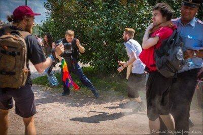 Суд присудил ЛГБТ-активисту компенсацию морального ущерба