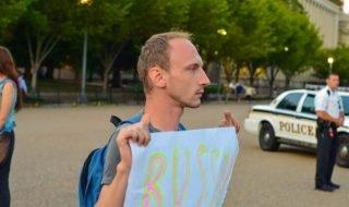 Вячеслав Ревин – ЛГБТ должны уезжать как можно скорее