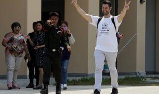 Гей-пара выиграла битву в суде Таиланда против суррогатной матери