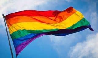Колумбия признала однополые браки
