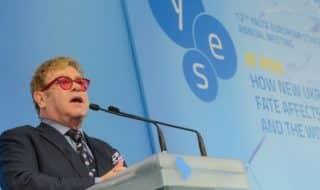 СПИД фонд Элтона Джона начинает свою работу в Восточной Европе и Центральной Азии