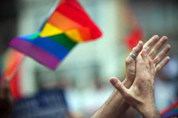 Как геи меняют отношение людей к ВИЧ