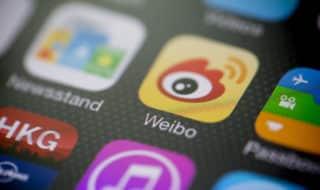 Крупнейшая китайская соцсеть разблокировала гей-контент после протестов