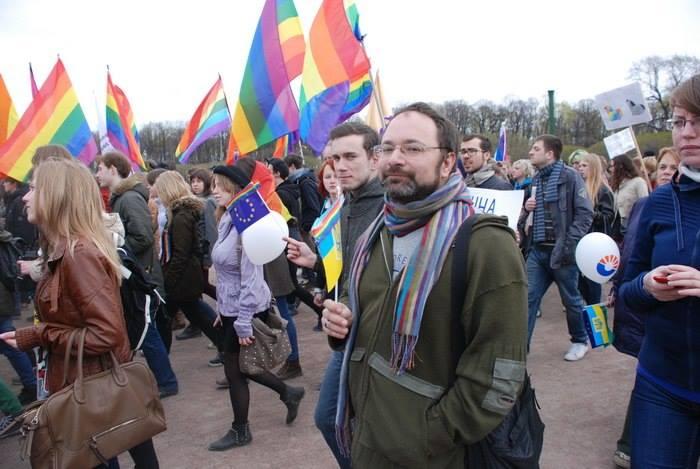 Михаил Тумасов: Многие геи относятся к женщинам пренебрежительно