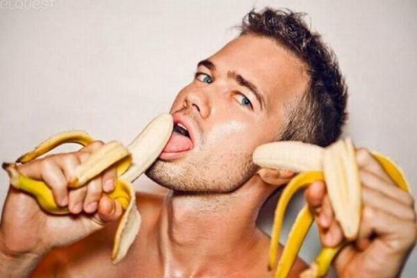 Он кончает при оральном сексе что делать со спермой черлидерши