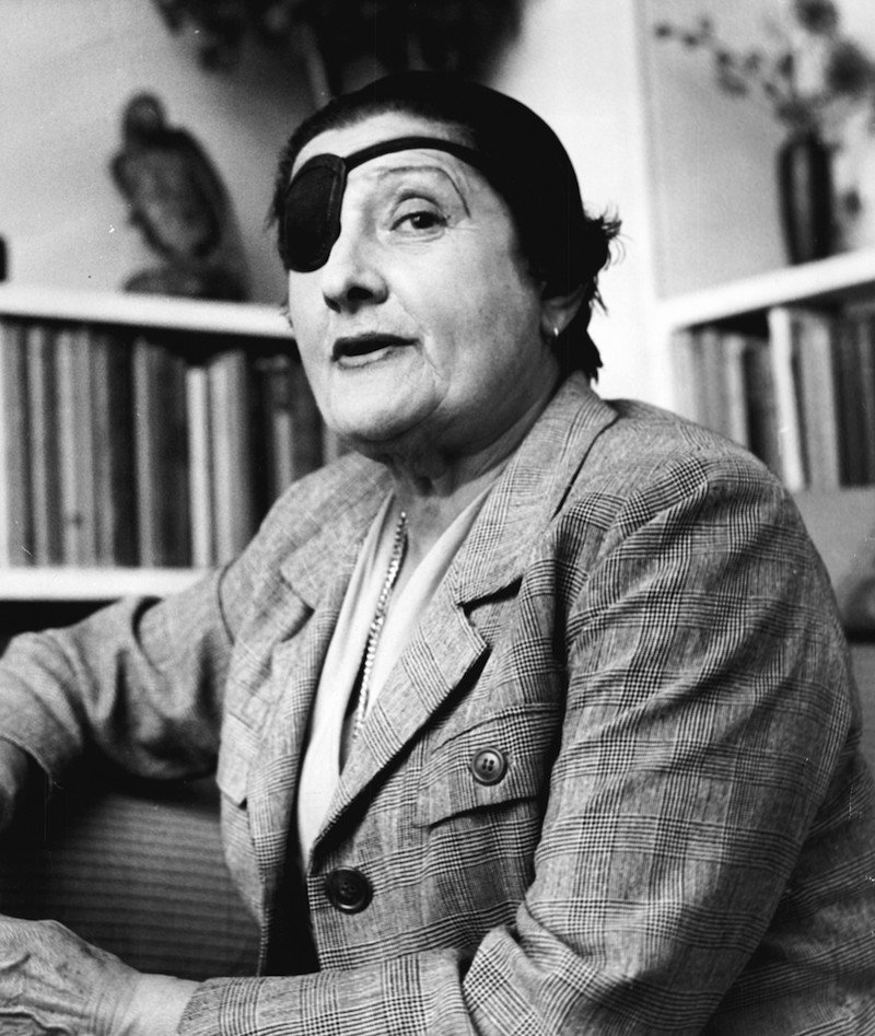 Семь всемирно известных писательниц-лесбиянок