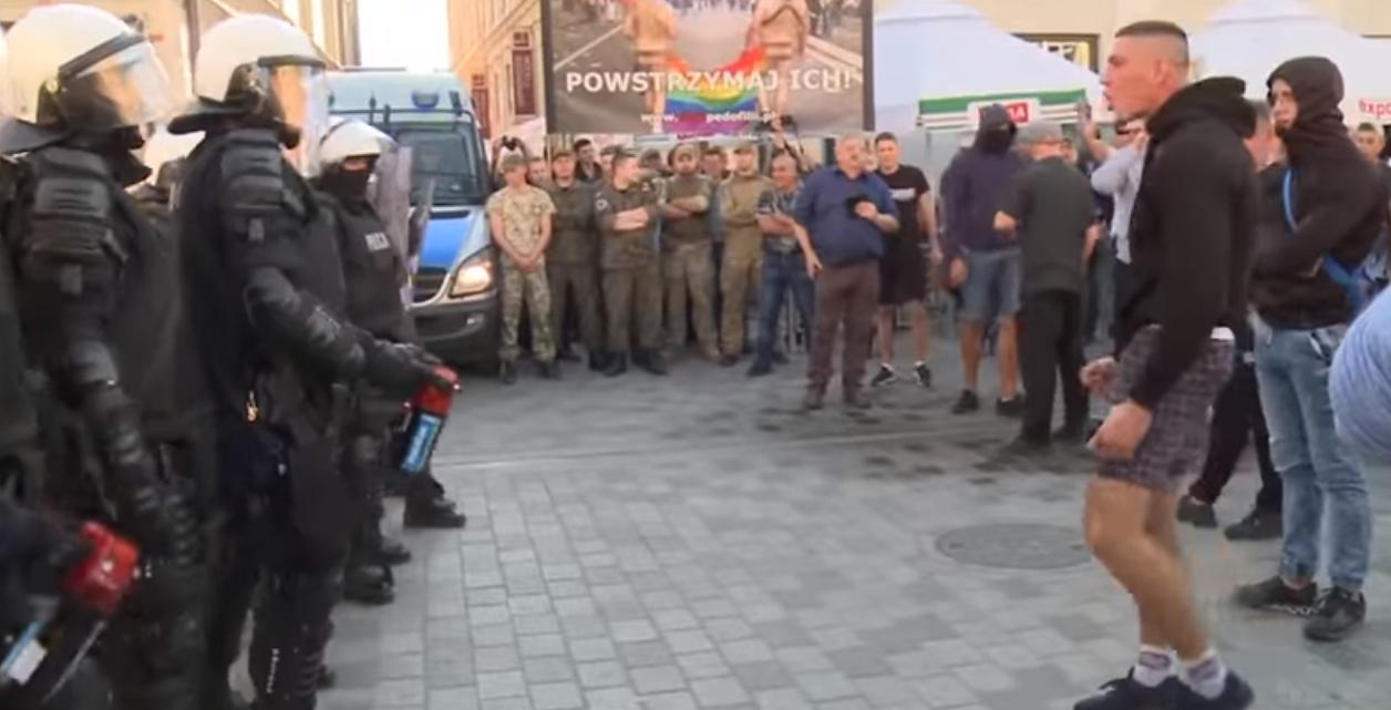 В Польше националисты попытались сорвать ЛГБТ-марш