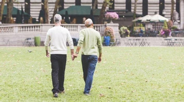 ЛГБТ старость