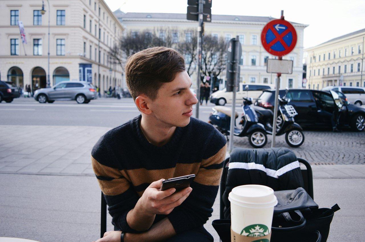 Максим Идов