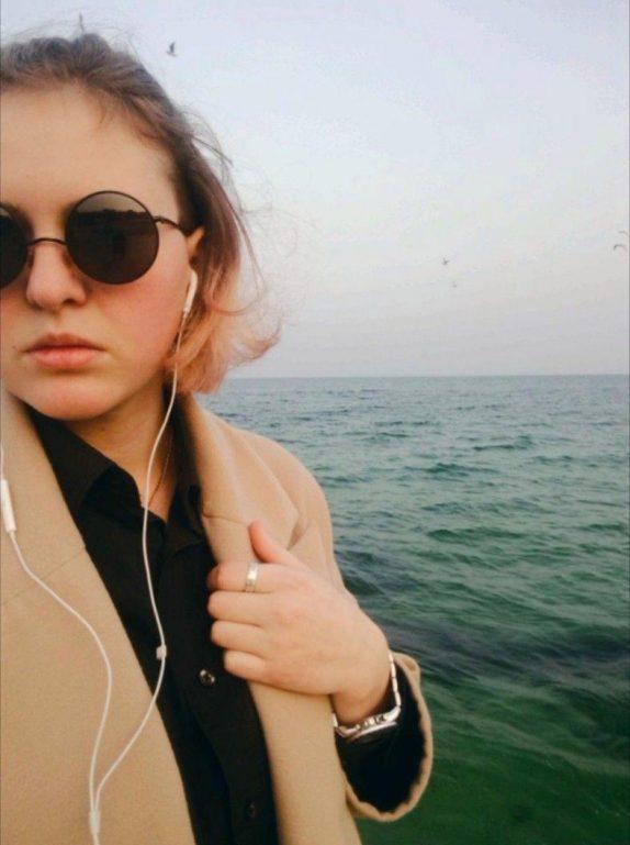 Жизнь после каминг-аута: истории ЛГБТ-девушек