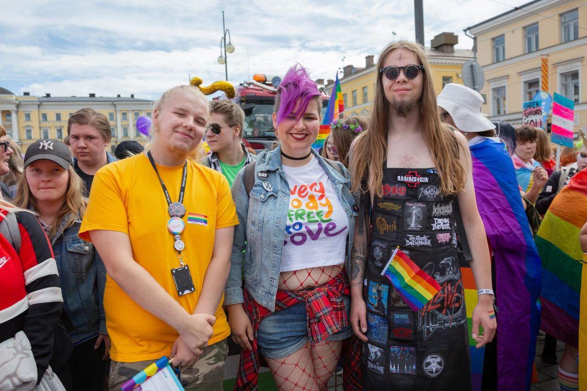 Как я на ЛГБТ-прайд ездил
