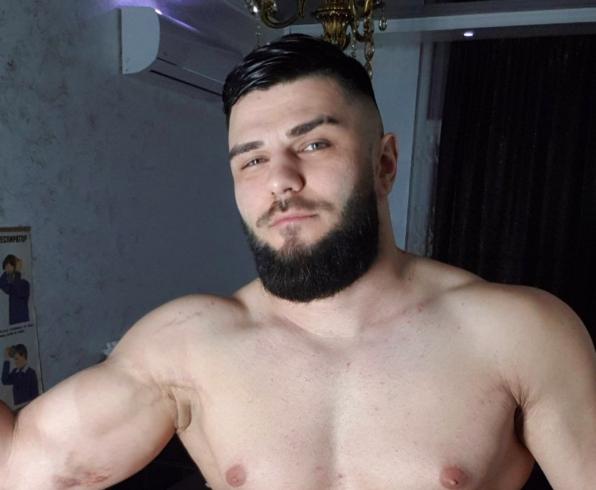 русский доктор гей мучает парней