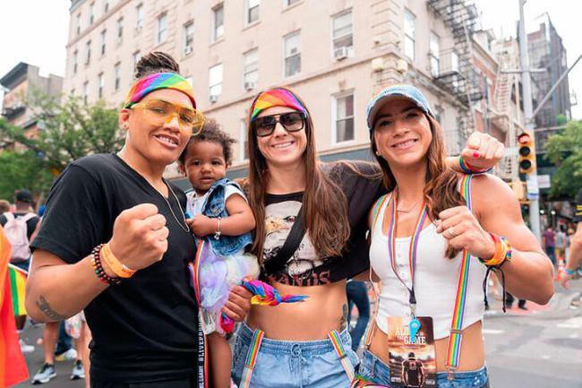 UFC открыто поддерживает ЛГБТ и советует геям делать каминг-аут
