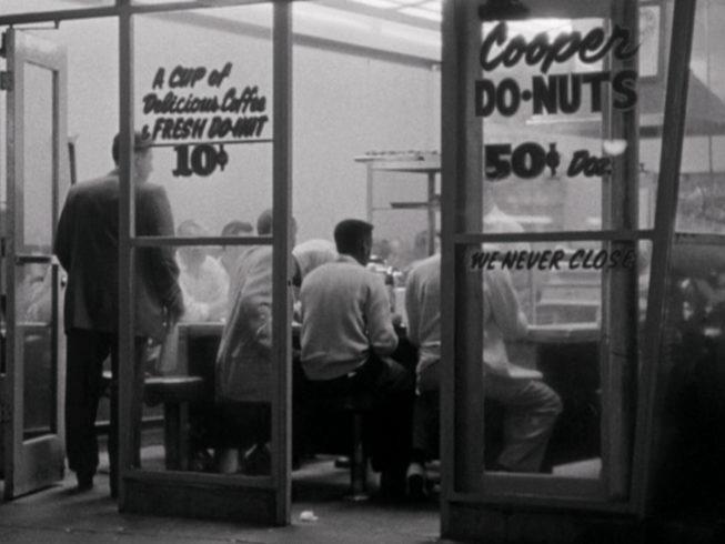 Cooper's Do-Nuts в 1961 году, через два года после Do-Nuts Riot Купера