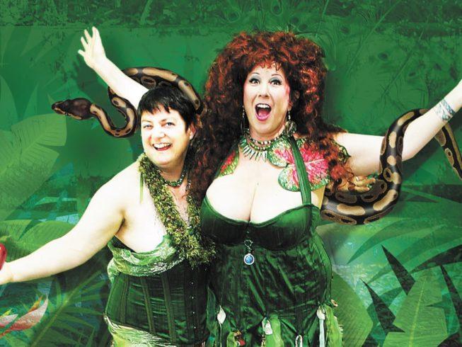 Энни Спринкл (справа)