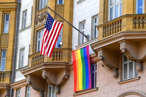 Белый дом обещает продвигать в мире права ЛГБТ-сообщества