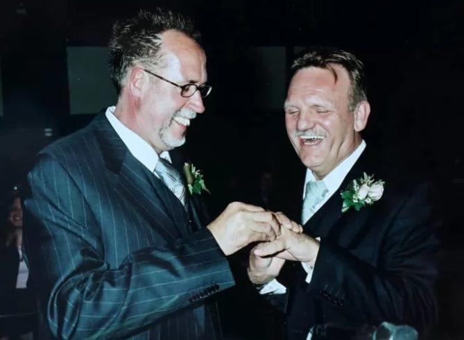 Эта пара одной из первых в мире вступила в брак и сыграла свадьбу в Нидерландах