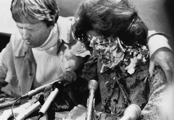 Внучка «Американской Мизулиной», символа гомофобии 70-х, женится на женщине