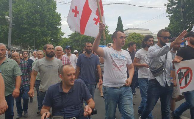 с тбилисской полицией