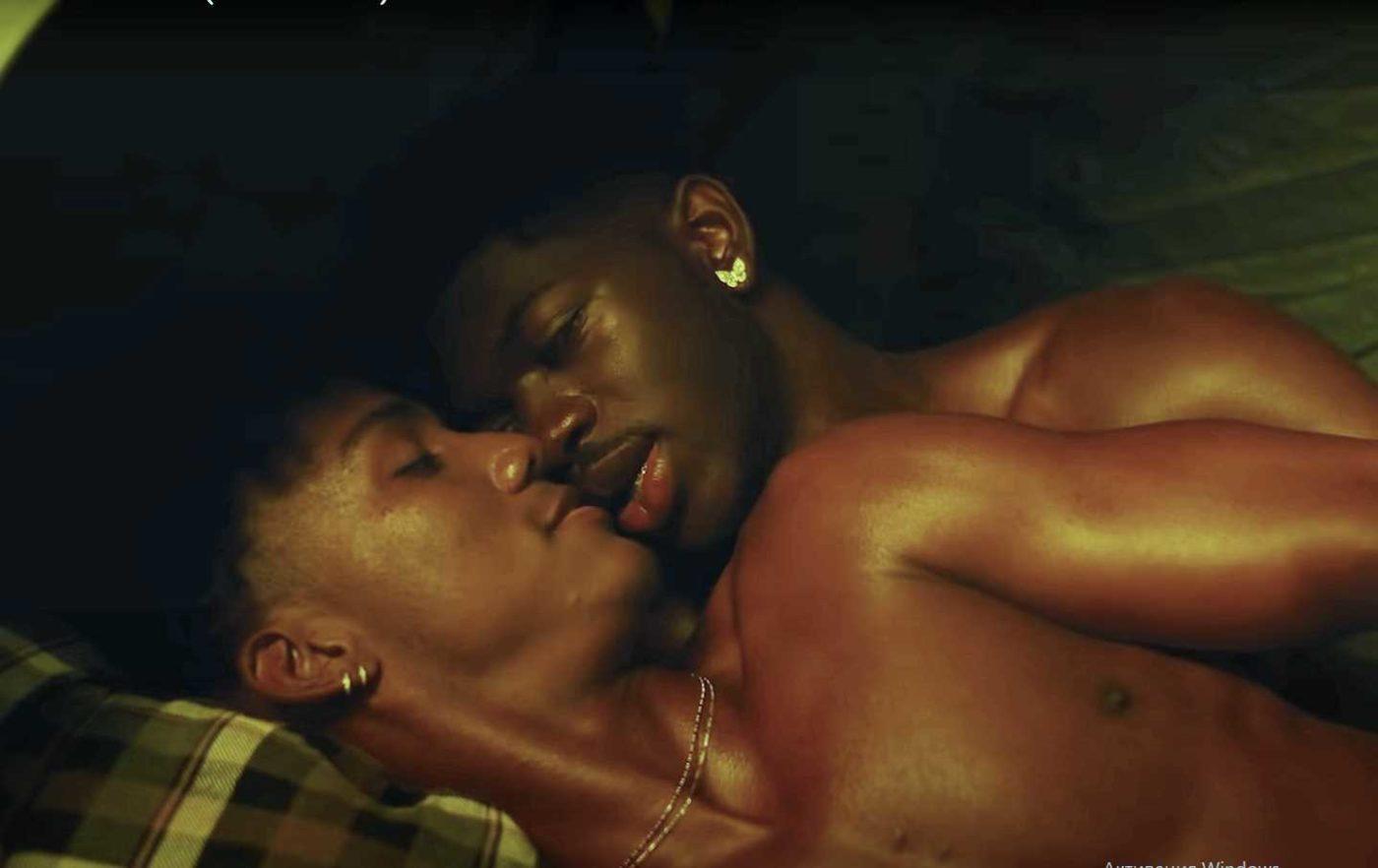 [Видео] Новый клип Lil Nas X отдаёт дань уважения «Горбатой горе»